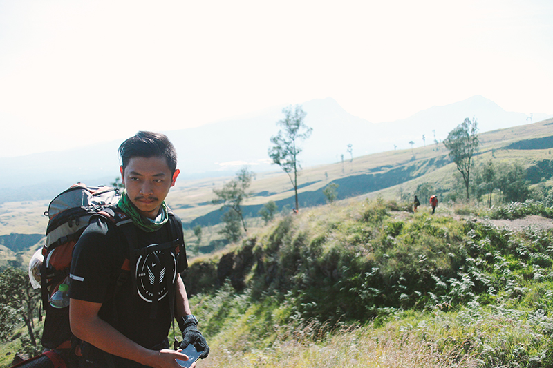 the-perks-of-being-twenty-rinjani-lombok-travel-mountain-hiking-summit-attack-01