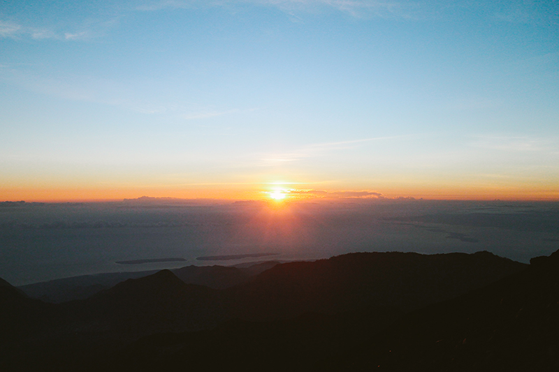 the-perks-of-being-twenty-rinjani-lombok-travel-mountain-hiking-summit-attack-02