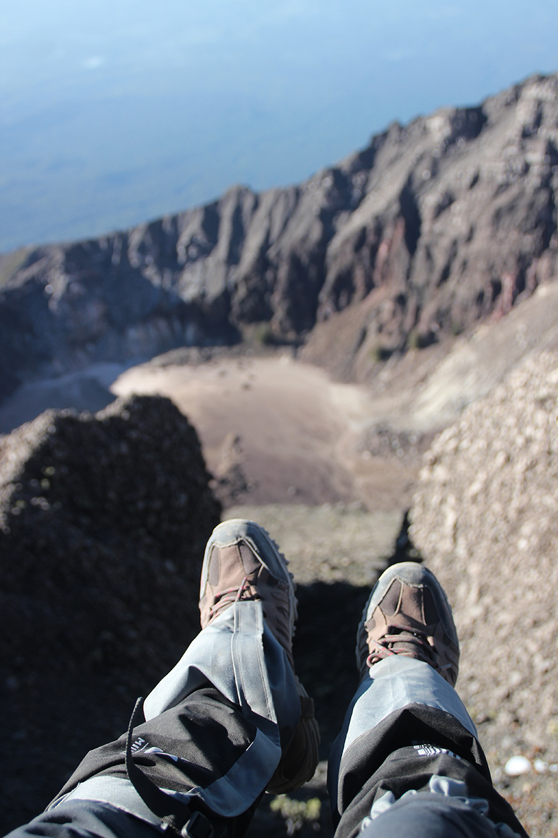 the-perks-of-being-twenty-rinjani-lombok-travel-mountain-hiking-summit-attack-10