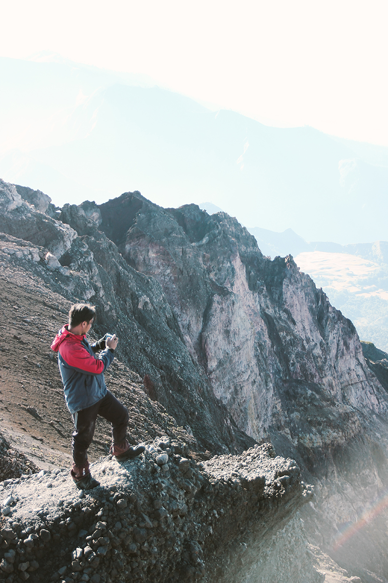the-perks-of-being-twenty-rinjani-lombok-travel-mountain-hiking-summit-attack-11
