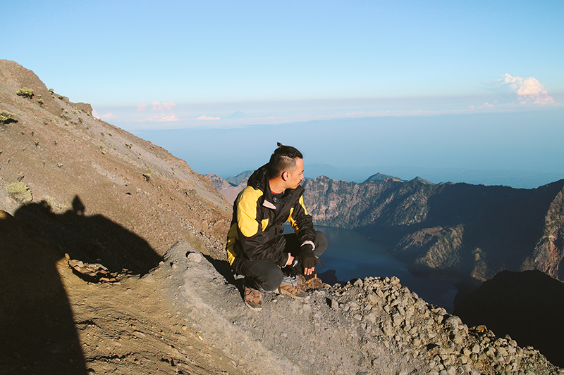 the-perks-of-being-twenty-rinjani-lombok-travel-mountain-hiking-summit-attack-20