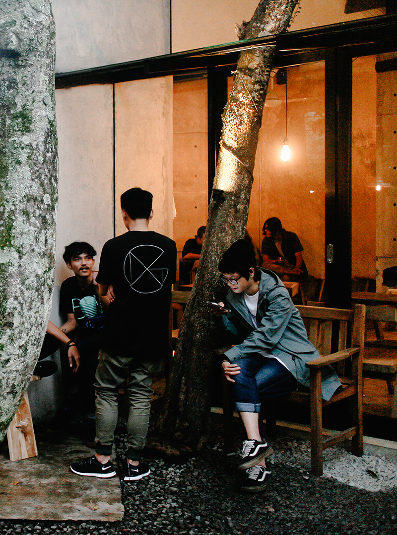 the-perks-of-being-twenty-travel-lifestyle-coffee-shop-mimiti-bandung-07