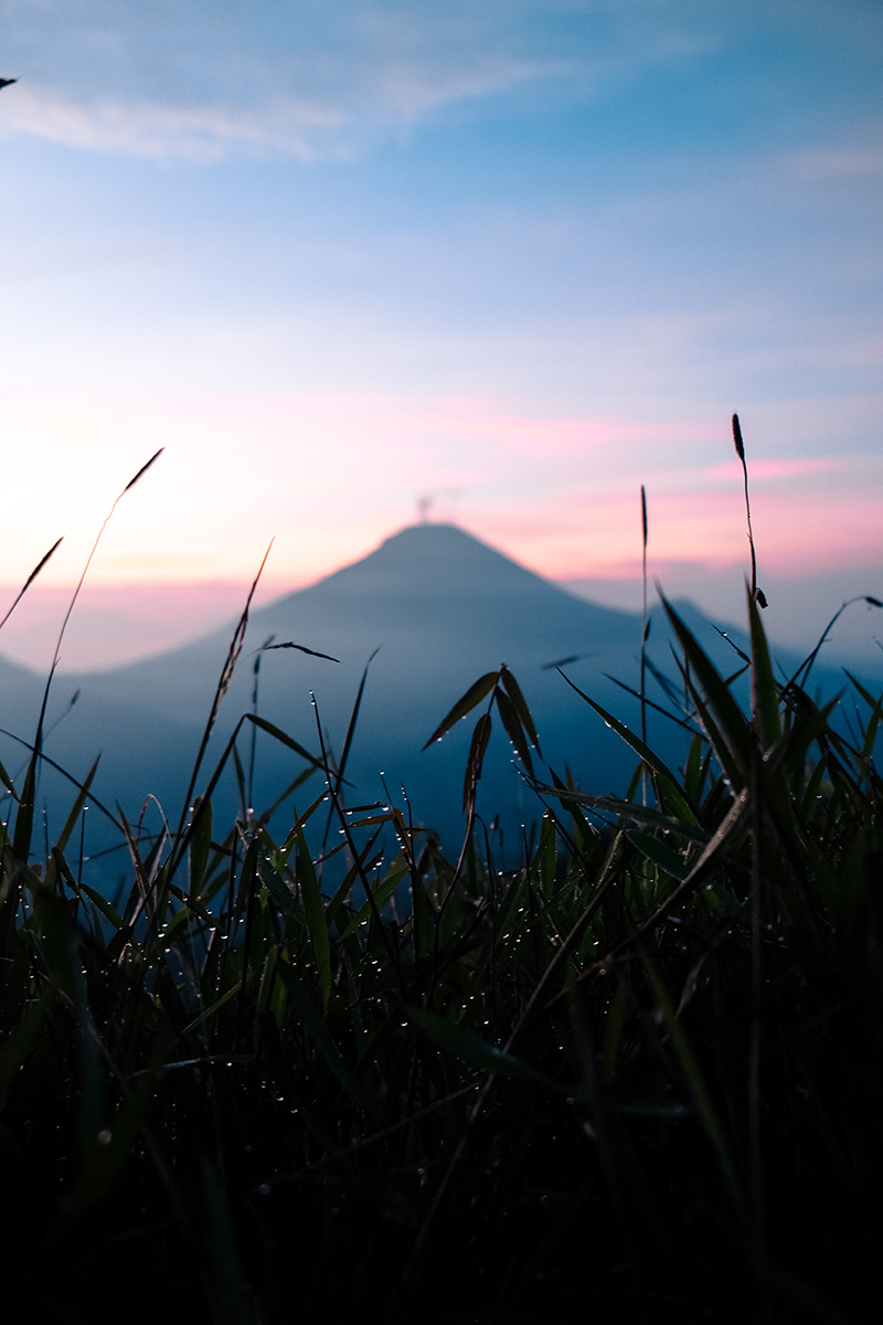 The Perks Of Being Twenty Prau Dieng Plateau Sikunir Sunrise Travel Jawa Tengah Explore Discover Lifestyle Indonesia Henry Gerson Gerson Henry Nydia Orlatta 22