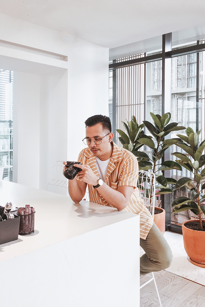 The Perks Of Being Twenty Henry Gerson Gerson Henry Onthree Coffee Shop Senopati Suites Jakarta Lifestyle Fashion OOTD 01