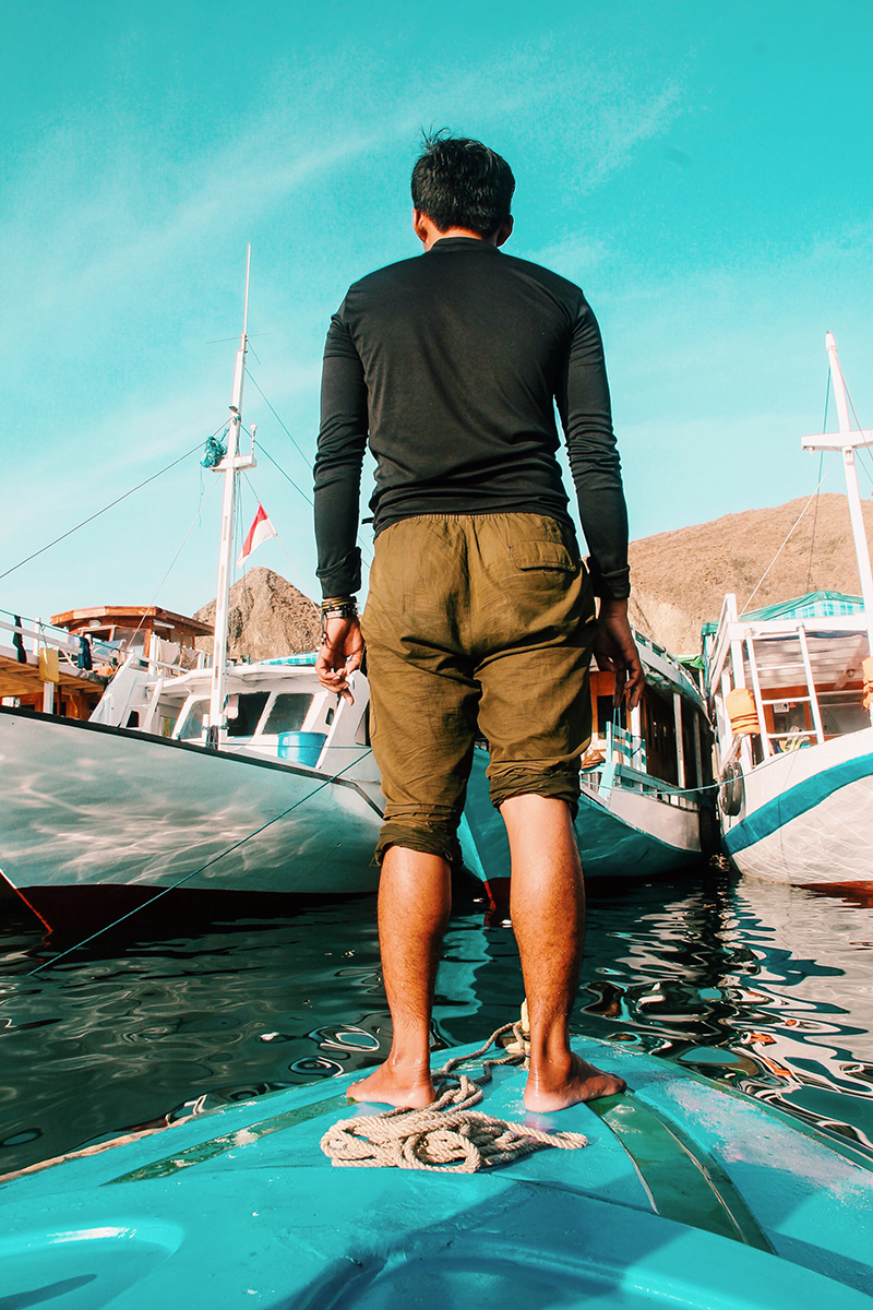 The Perks Of Being Twenty Henry Gerson Gerson Henry Pulau Padar Sunrise Labuan Bajo Travel Society Traveling Indonesia Lifestyle Sailing Trip 06